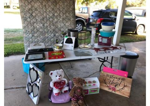 Yard Sale on Tx-19 Across from FM2709!!